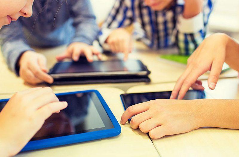 Vikten av att ha elektronik tillgängligt i skolan